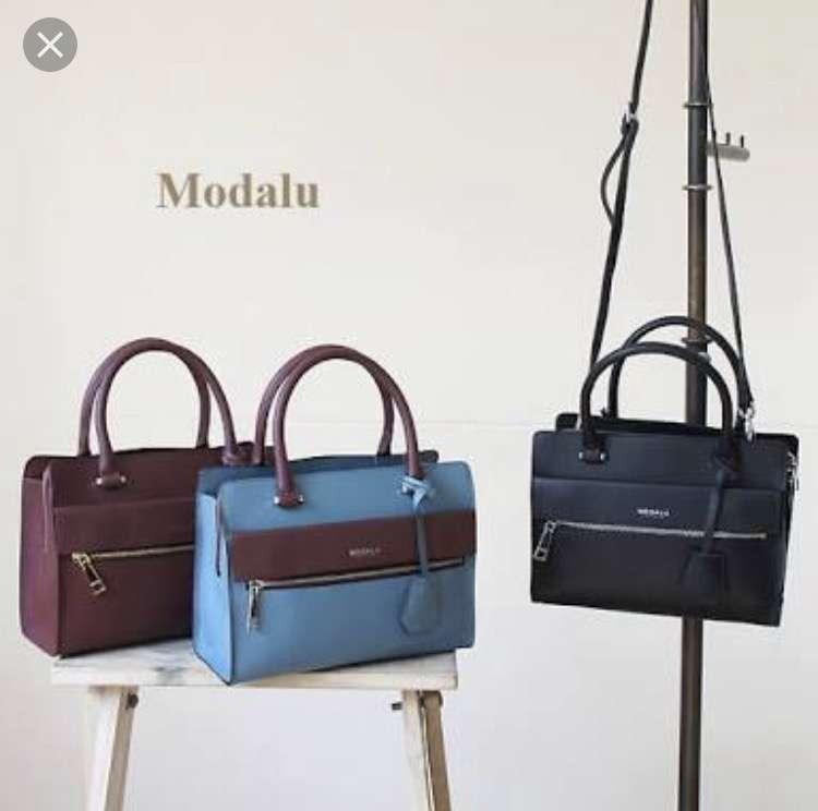 ショルダーバッグのおすすめありますか?