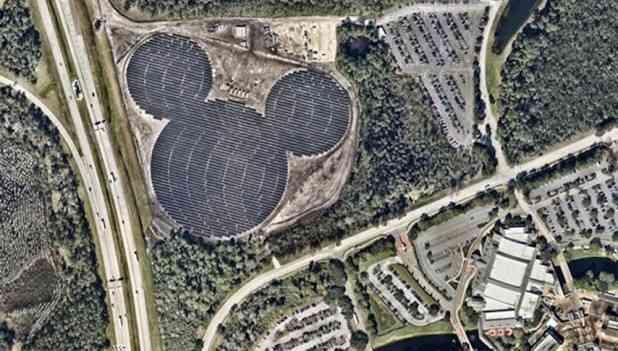 隠れミッキー(マウス)の画像を貼って見つけた人はプラスを押すトピ