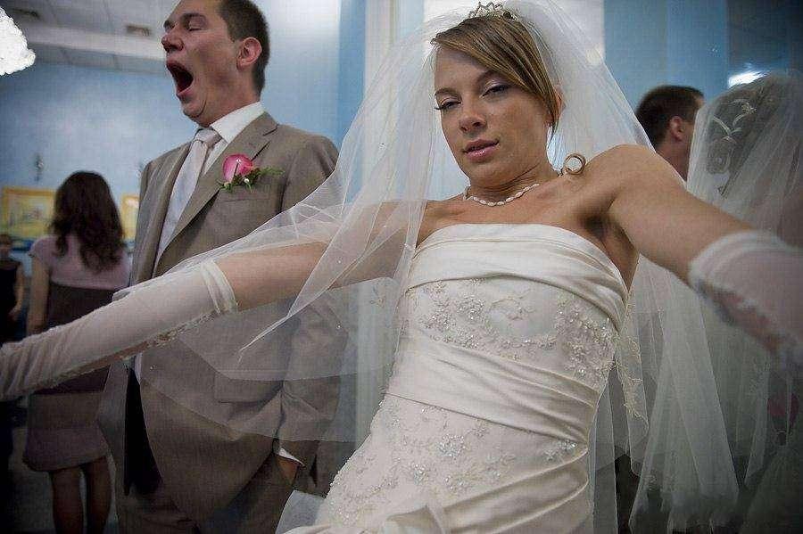 結婚を後悔している人、した人