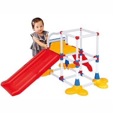 幼児の大型遊具