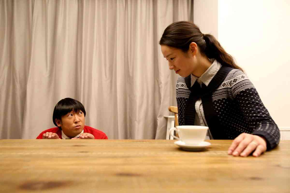 ロバート秋山が憑依、天才子役・上杉みちの日めくり「みちくんといっしょ。」発売