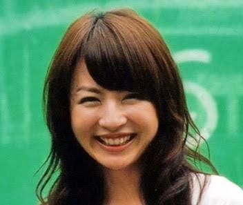【画像】三日月目の笑顔