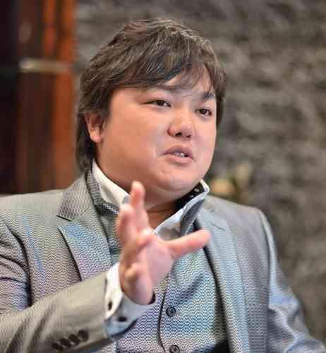 3億8000万円奪われる=みずほ銀支店前、男ら逃走―福岡