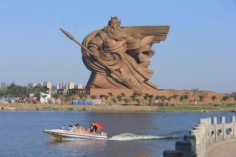 世界の巨像!!