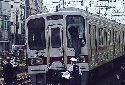 赤羽駅で女子高校生が飛び降り自殺か 電車と接触し死亡