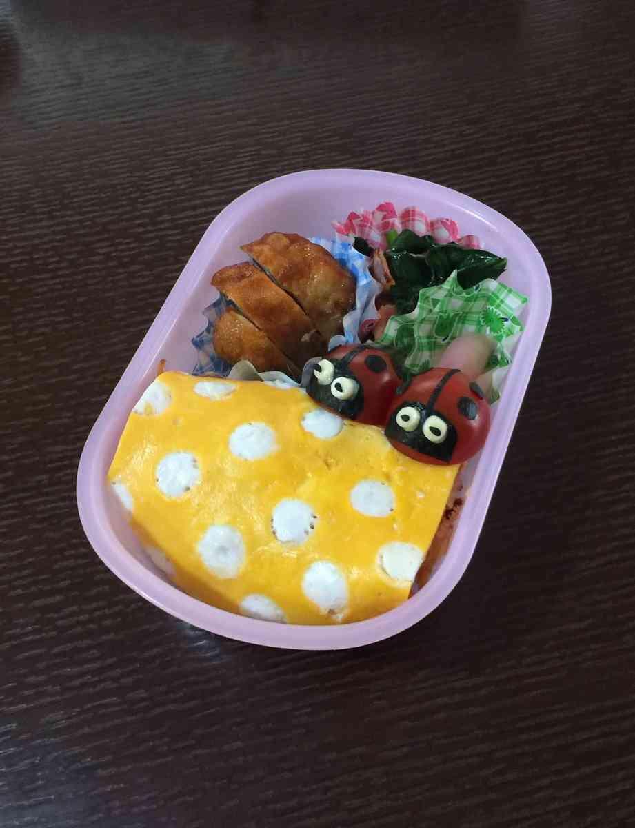 「こういうお弁当作って!」と絵を描いた娘 父の『手作り弁当』が話題に
