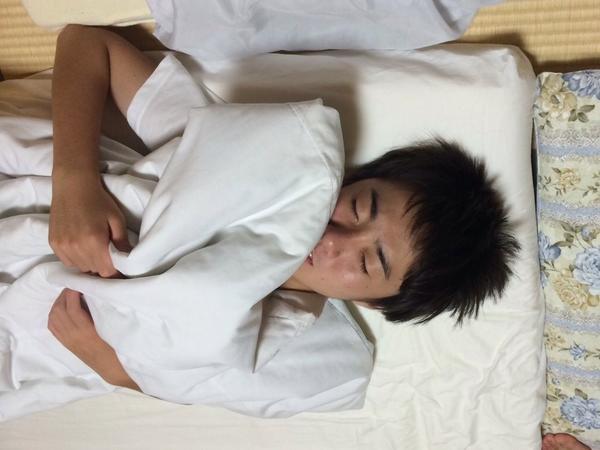 さて、そろそろおやすみの時間です!誰と添い寝しますか?