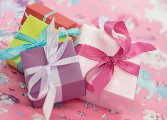 子供へのプレゼントの相場