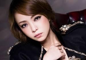浜崎あゆみと安室奈美恵「歌姫の明暗」