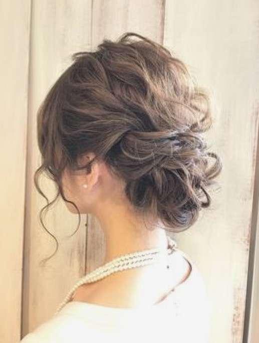 結婚式お呼ばれ時のヘアメイク(セルフ)