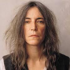 自然に年齢を重ねている女性の画像がみたい