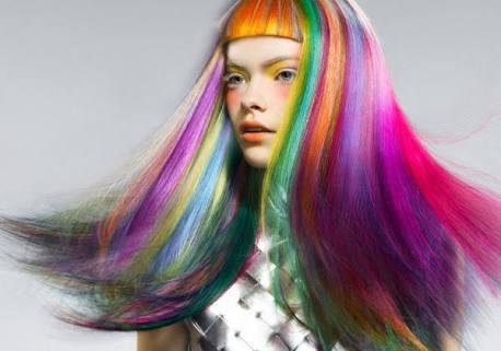 美容室で理想の色にならない人