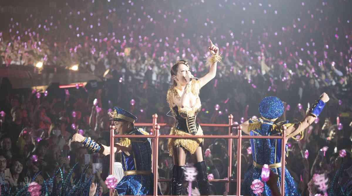 浜崎あゆみ、チケットを大盤振る舞いしていた!2日合わせて2800人を無料招待…