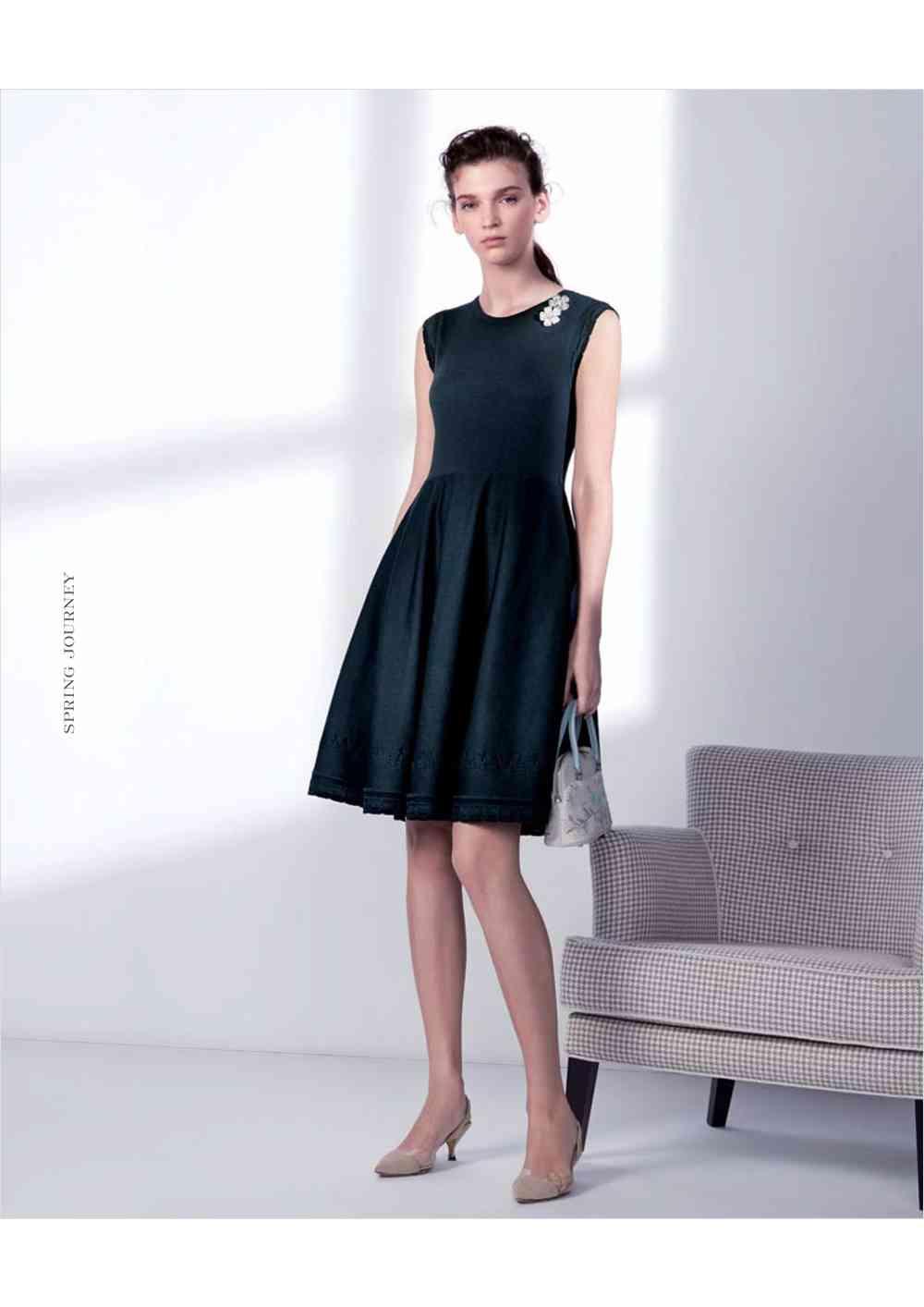 普段着として使えそうなドレスの画像を貼るトピ