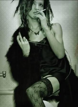 皆藤愛子「フライデー」熱愛報道の相手はDIR EN GREY・Toshiyaか「このダサい私服とスタイルの良さは間違いなく…」