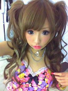 今よりぽっちゃり? 鈴木奈々、Popteenで初表紙を飾った写真に「顔が全然違う」
