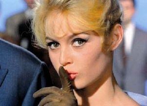アラン・ドロン、俳優引退へ フランスが誇る美男の代名詞