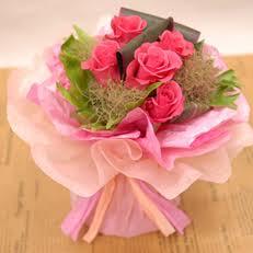 部屋にお花、飾っていますか?