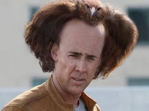 奇抜な髪型