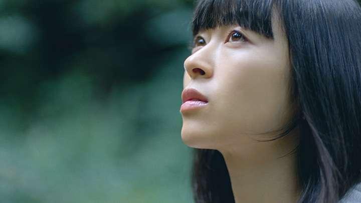 宇多田ヒカルが『VOGUE JAPAN』に登場 女性ファッション誌11年ぶり