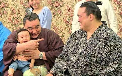 モンゴル人力士が好きなかた!