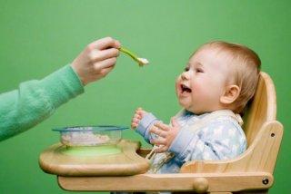 ご主人はお子さんの離乳食に関心がありますか?