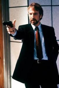キアヌ・リーブスが華麗に戻った!最強愛犬家の凄腕殺し屋に映画評論家も絶賛