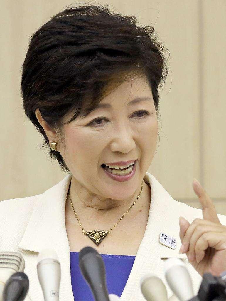 小池百合子都知事、初写真集発売 セーラー服や新人議員時代、自宅での撮り下ろしも