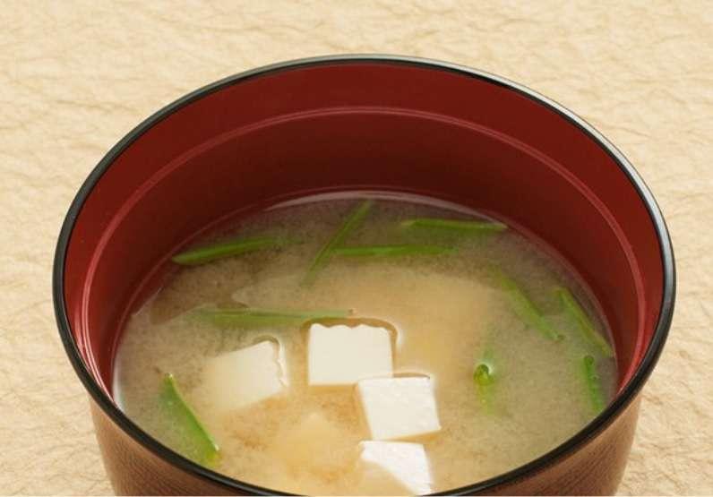味噌汁の具材で一番美味しいのは?