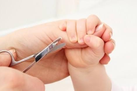 子供の爪切り
