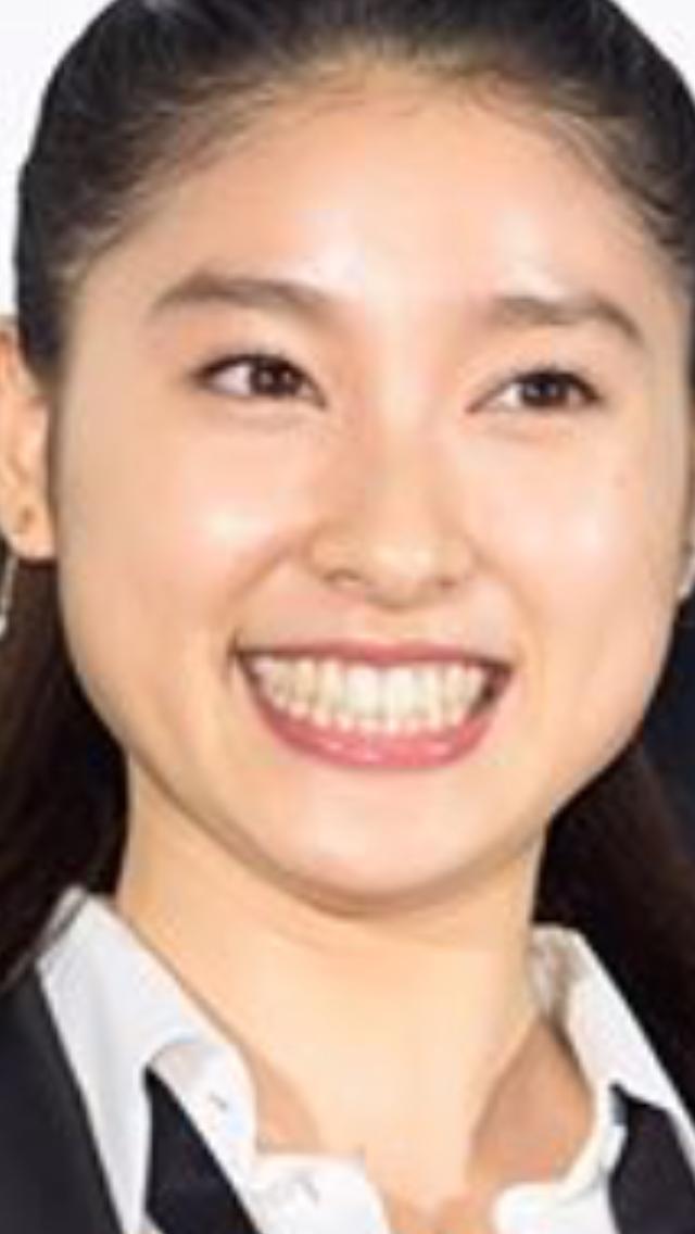 """千葉雄大とドライブ気分?土屋太鳳が""""彼女目線""""ショット公開でファン興奮"""