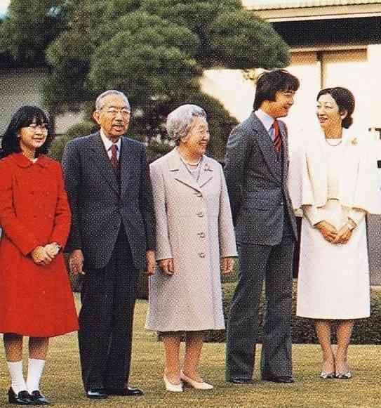 黒田清子 結婚式 ドレス