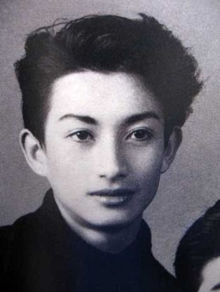 「子供の頃、既に顔が完成されているな〜」という有名人♪