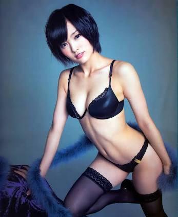 "NMB48山本彩""腰チラ""ワンピが驚きのセクシー構造「開いている位置が想定外」"
