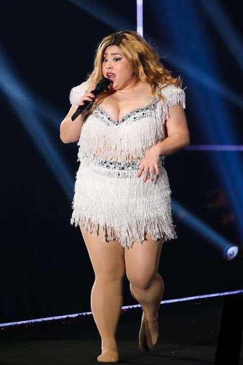 マライア・キャリー 激太りで歌手生命の危機!ただ今106キロ