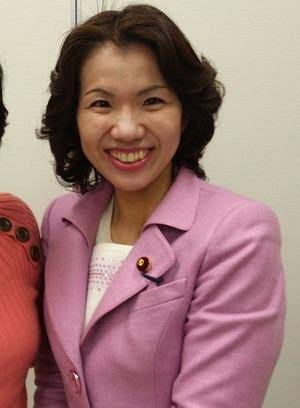 妊娠した国会議員に「職務放棄」の非難 働く女性が妊娠することへの批判か、恵まれた待遇へのやっかみか
