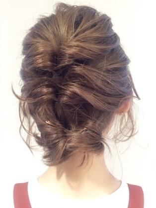 暑い夏のヘアスタイル