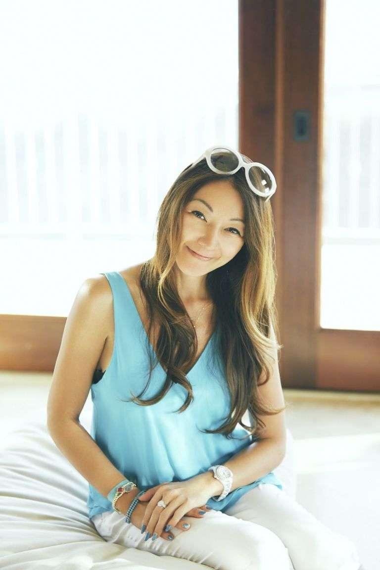 小嶋陽菜「お茶していたら、ミランダに会えた」 奇跡のツーショットにファン騒然