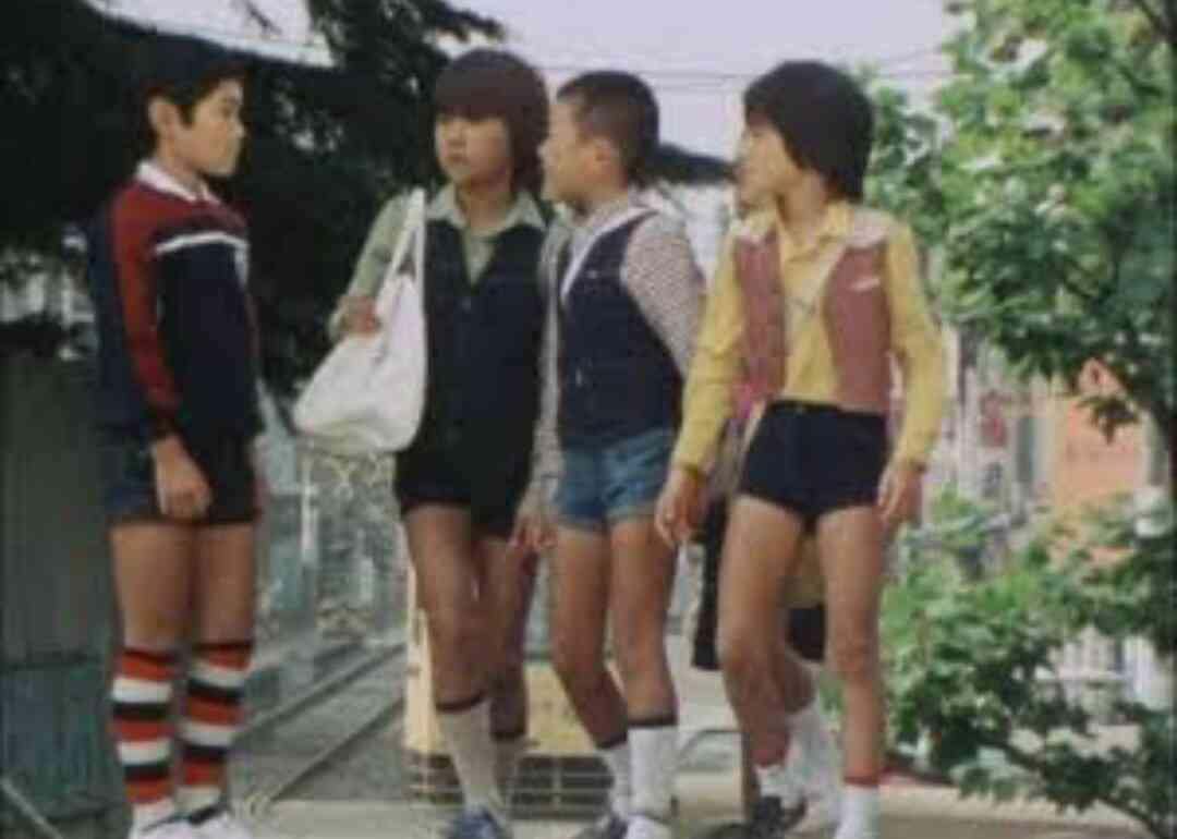 男性のショートパンツは何歳までアリ?女子の答えは…