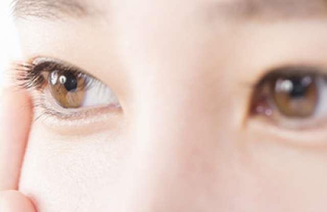 目フェチの人