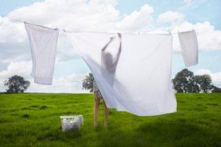 夏場の布団シーツ、洗う頻度どのくらいですか?
