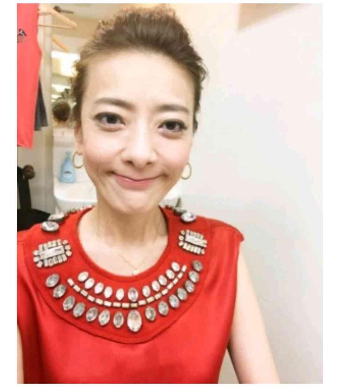 西川史子が胃腸炎で入院 「サンジャポ」欠席…数日で退院予定