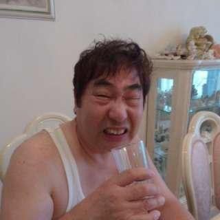 地味顔の男性を貼るトピ