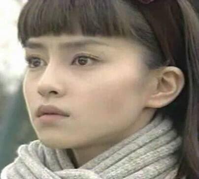 元女優の宝生舞さん、KinKi Kidsらと再会「未満都市」現場訪問にネット反響