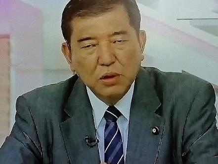 安倍晋三首相 都議選惨敗で「小池都知事を敵に回してはいけない」