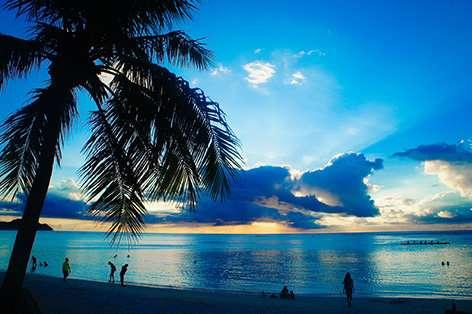 近々グアムへ行く予定のある方、キャンセルしますか?