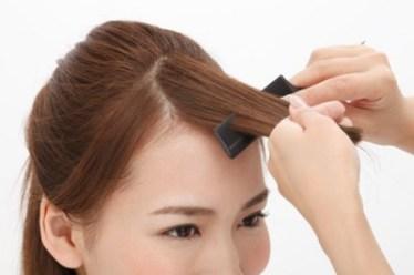 伸ばしかけの前髪