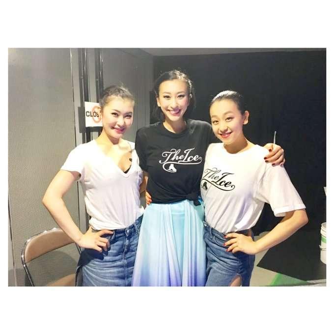 浅田舞&真央2ショットに反響「姉妹美しい」「最高」の声