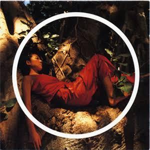 """川栄李奈 """"使い捨てカメラ""""でアナログ感溢れる1枚に「森の妖精降臨」の声"""