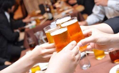 お酒の飲めない人は飲み会に参加したらダメですか?